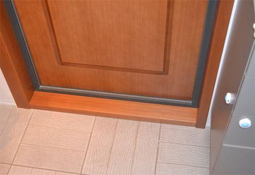 Как облагородить двери своими руками